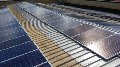 impianto fotovoltaico su capannone industriale